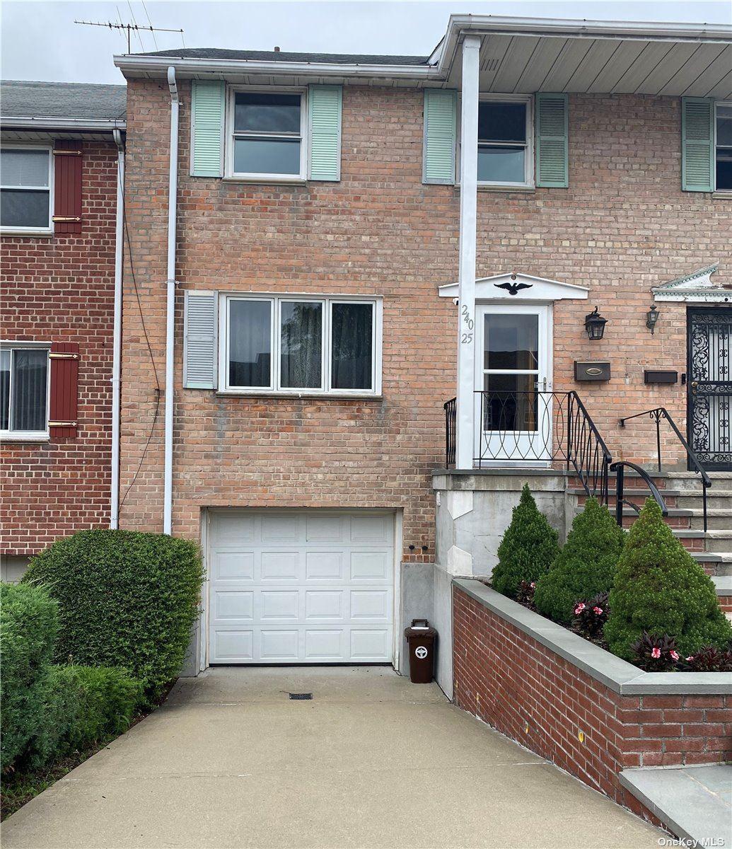 240-25 65 Avenue, Douglaston, NY 11362 - MLS#: 3330582