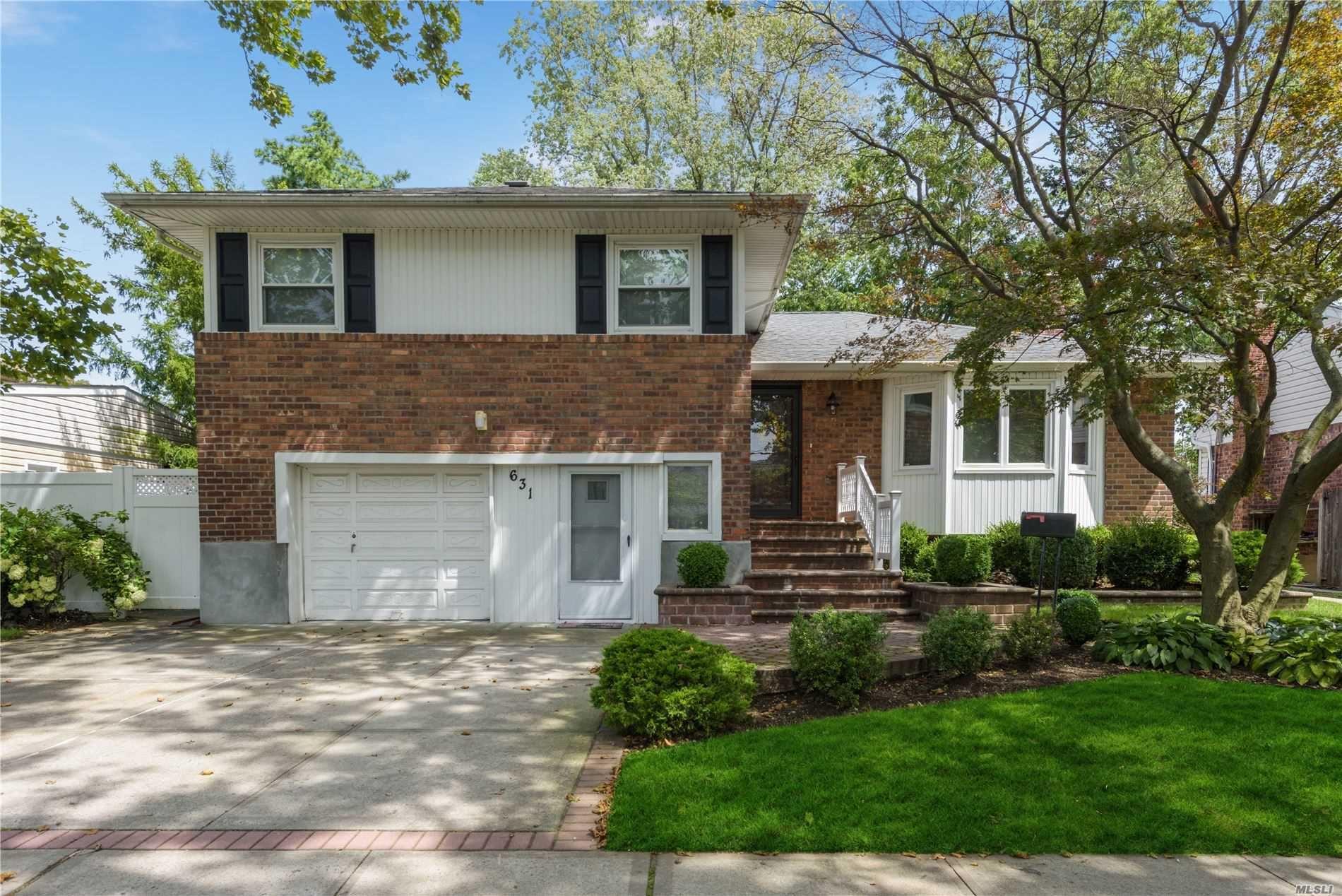631 Bellmore Avenue, East Meadow, NY 11554 - MLS#: 3244583