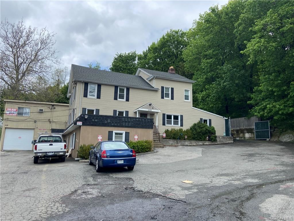 Photo of 1280 Saw Mill River Road, Yonkers, NY 10710 (MLS # H6114583)