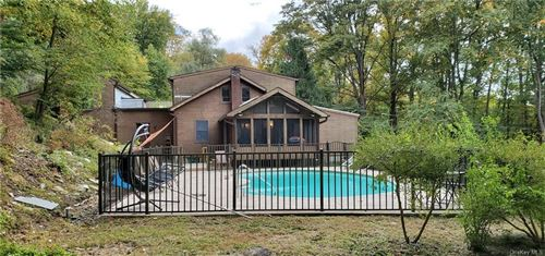 Photo of 32 New Hill Road, Putnam Valley, NY 10579 (MLS # H6070584)