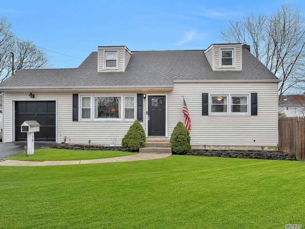 14 Brookes Road, North Babylon, NY 11703 - MLS#: 3198585