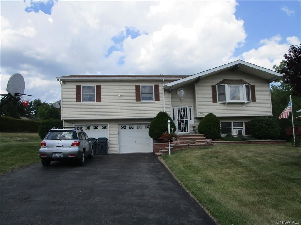 Photo of 28 Fortune Road E, Middletown, NY 10941 (MLS # H6046585)