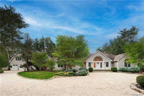 Photo of 25 Crooked Highway Highway, East Hampton, NY 11937 (MLS # 3291587)