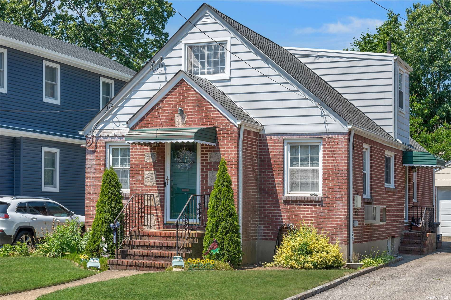 7 Griffin Place, Lynbrook, NY 11563 - MLS#: 3327587