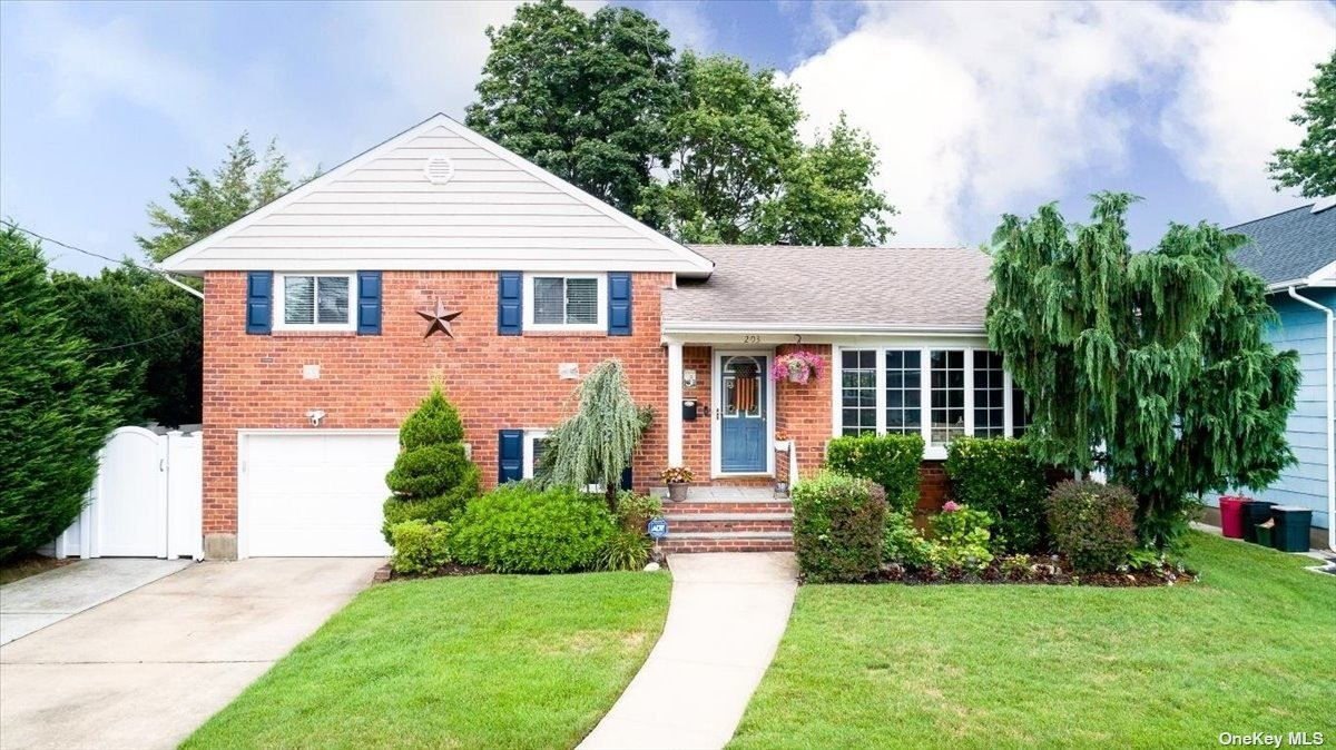 203 Vincent Drive, East Meadow, NY 11554 - MLS#: 3331587