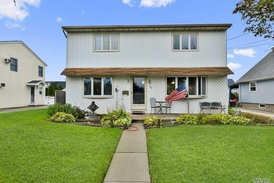 34 Moore Drive, Bethpage, NY 11714 - MLS#: 3213588