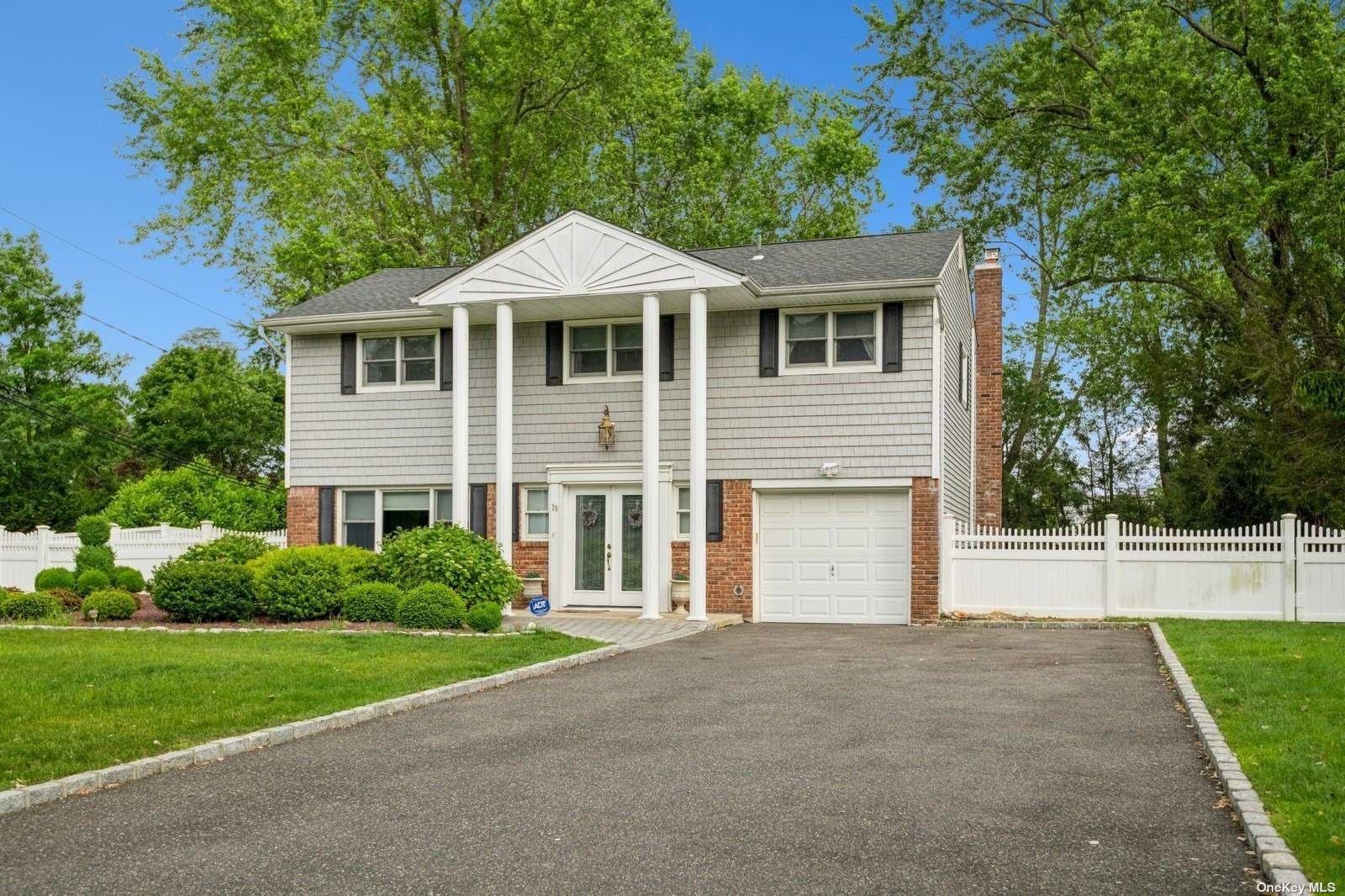 19 Holly Drive, East Northport, NY 11731 - MLS#: 3316589