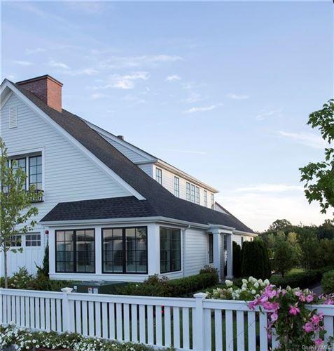 Photo of 15 Lavender Lane, Rye Brook, NY 10573 (MLS # H6075590)