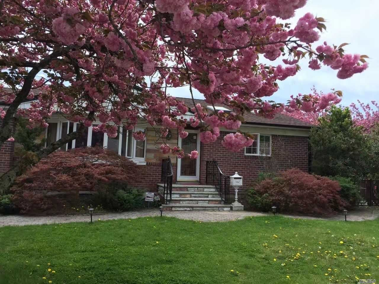 7 Lucille Drive, Syosset, NY 11791 - MLS#: 3209592