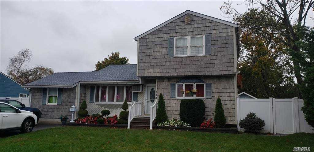 180 Timberline Drive, Brentwood, NY 11717 - MLS#: 3265592
