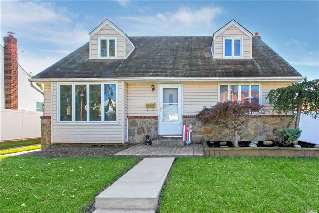1690 Francis Drive, East Meadow, NY 11554 - MLS#: 3172593