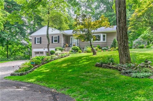 Photo of 11 Rockwood Place, Armonk, NY 10504 (MLS # H6023594)