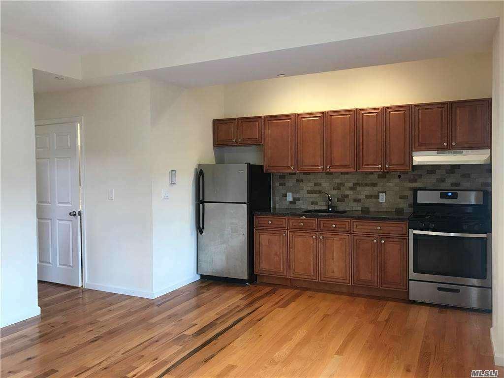 Photo of 15 New St #3, Huntington, NY 11743 (MLS # 3255595)