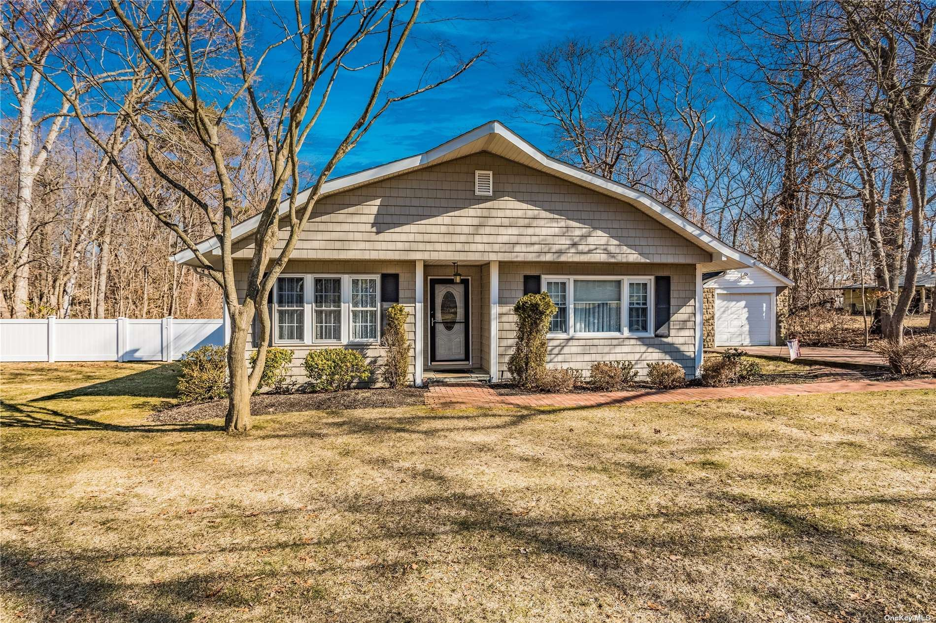 9 Oakwood Avenue, Miller Place, NY 11764 - MLS#: 3295596
