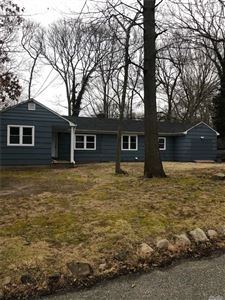 Photo of 20 Honey Ln, Miller Place, NY 11764 (MLS # 3094598)