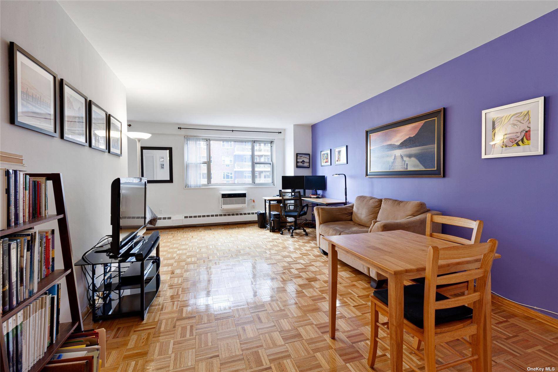 52-30 52nd Street #6M, Woodside, NY 11377 - MLS#: 3306600