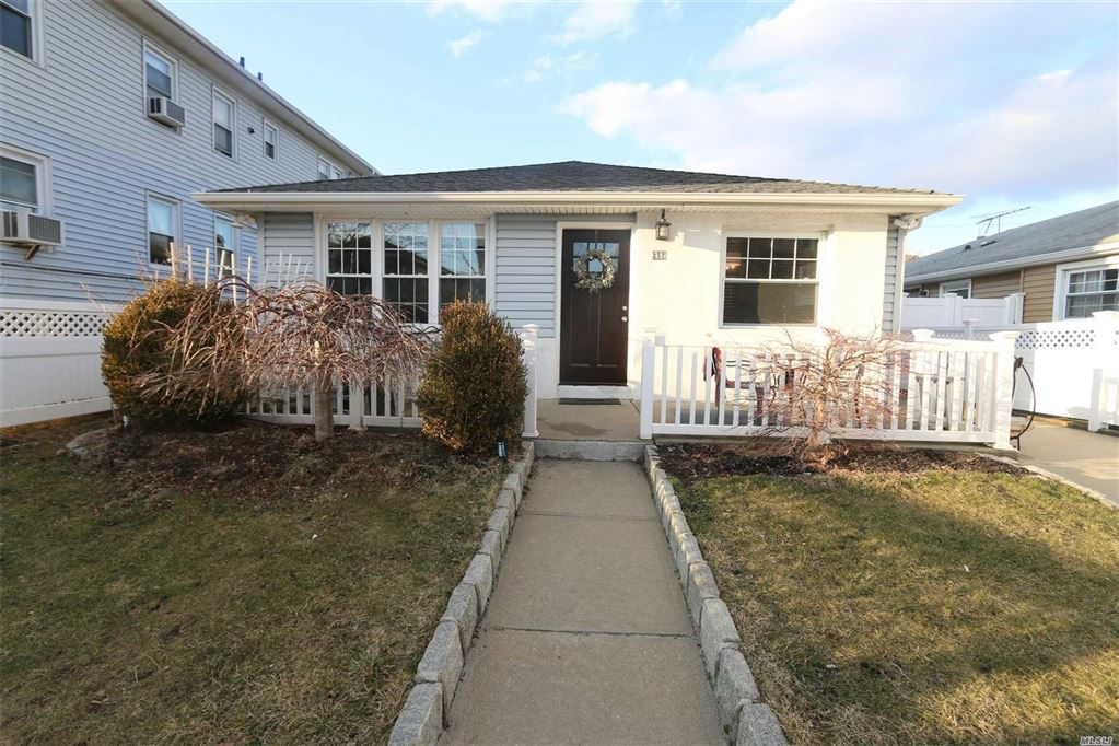 257 West Chester Str, Long Beach, NY 11561 - MLS#: 3118601