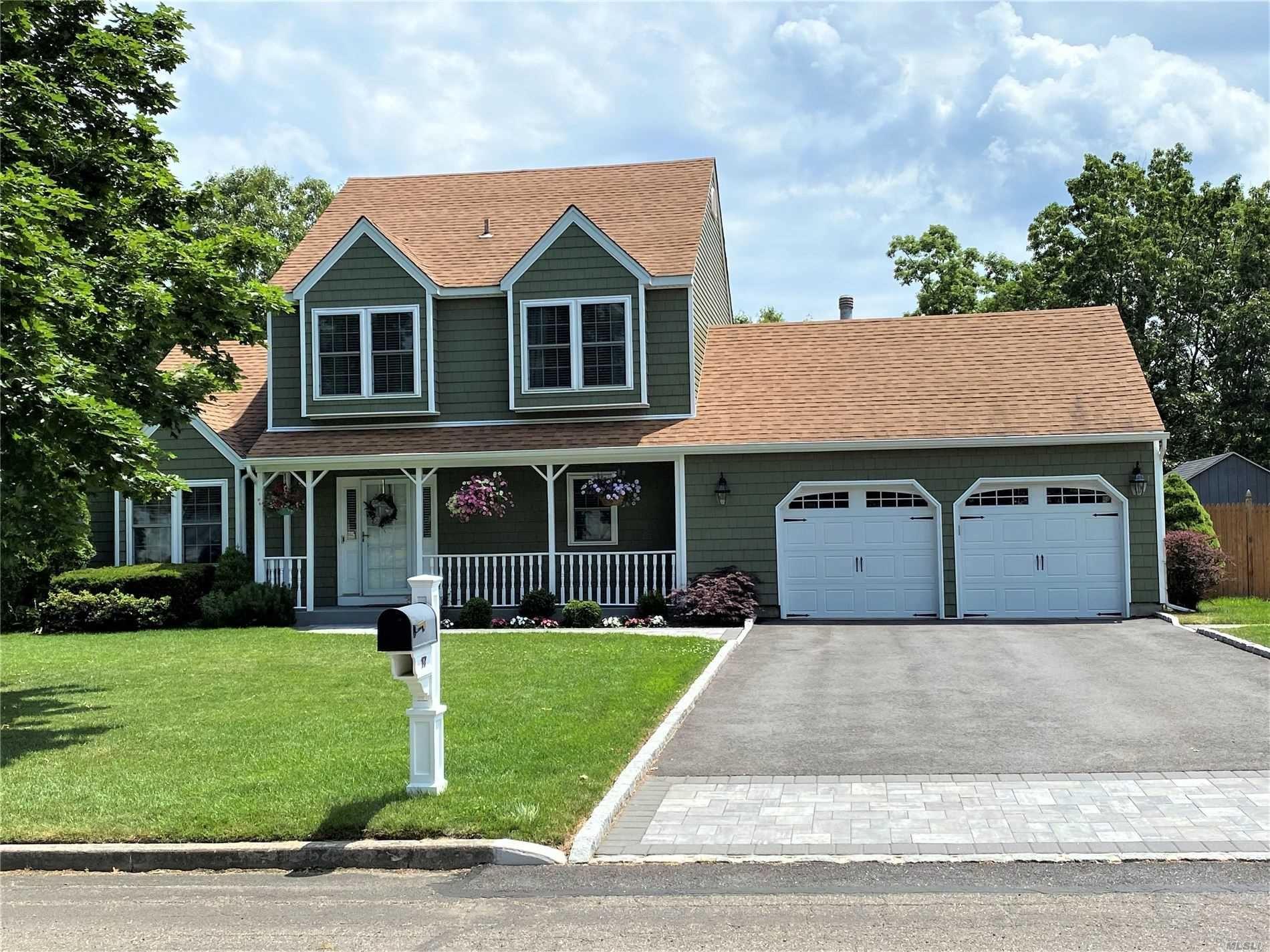 17 Royal Drive, Coram, NY 11727 - MLS#: 3225603