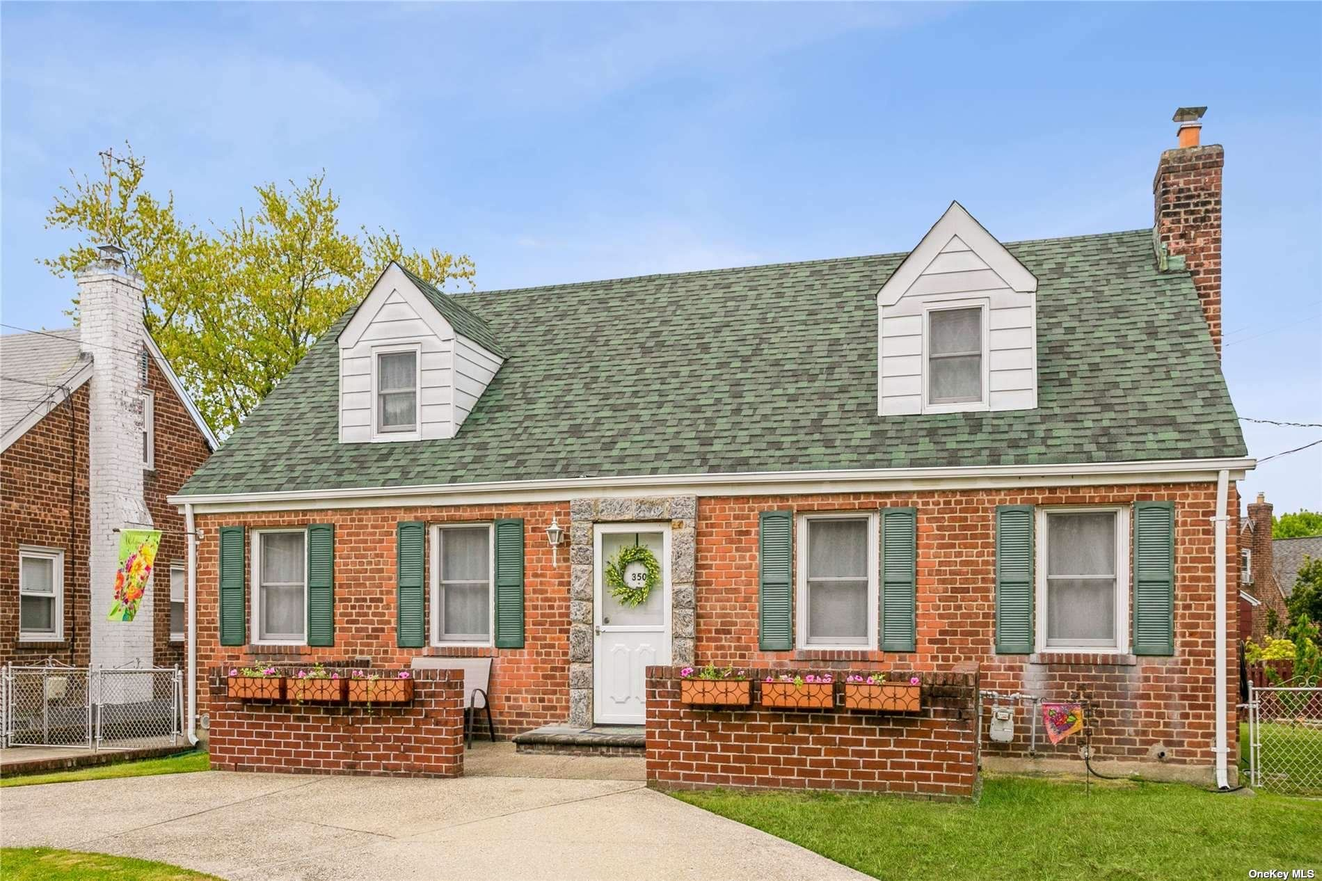 350 Emerson Place, Valley Stream, NY 11580 - MLS#: 3310607