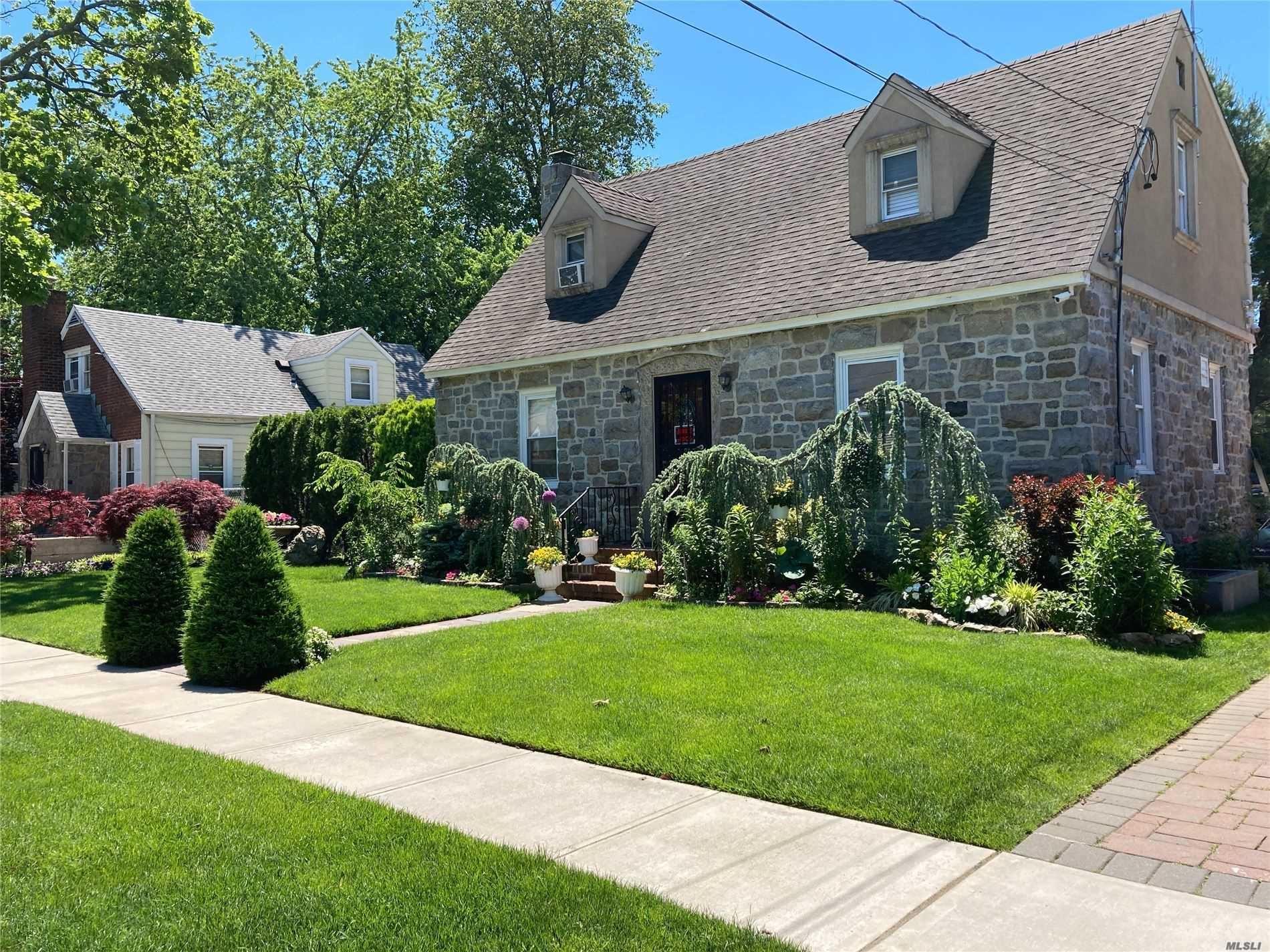 134 Allen St, Hempstead, NY 11550 - MLS#: 3221611
