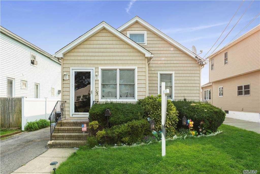 5 Mills Street, Oceanside, NY 11572 - MLS#: 3248611