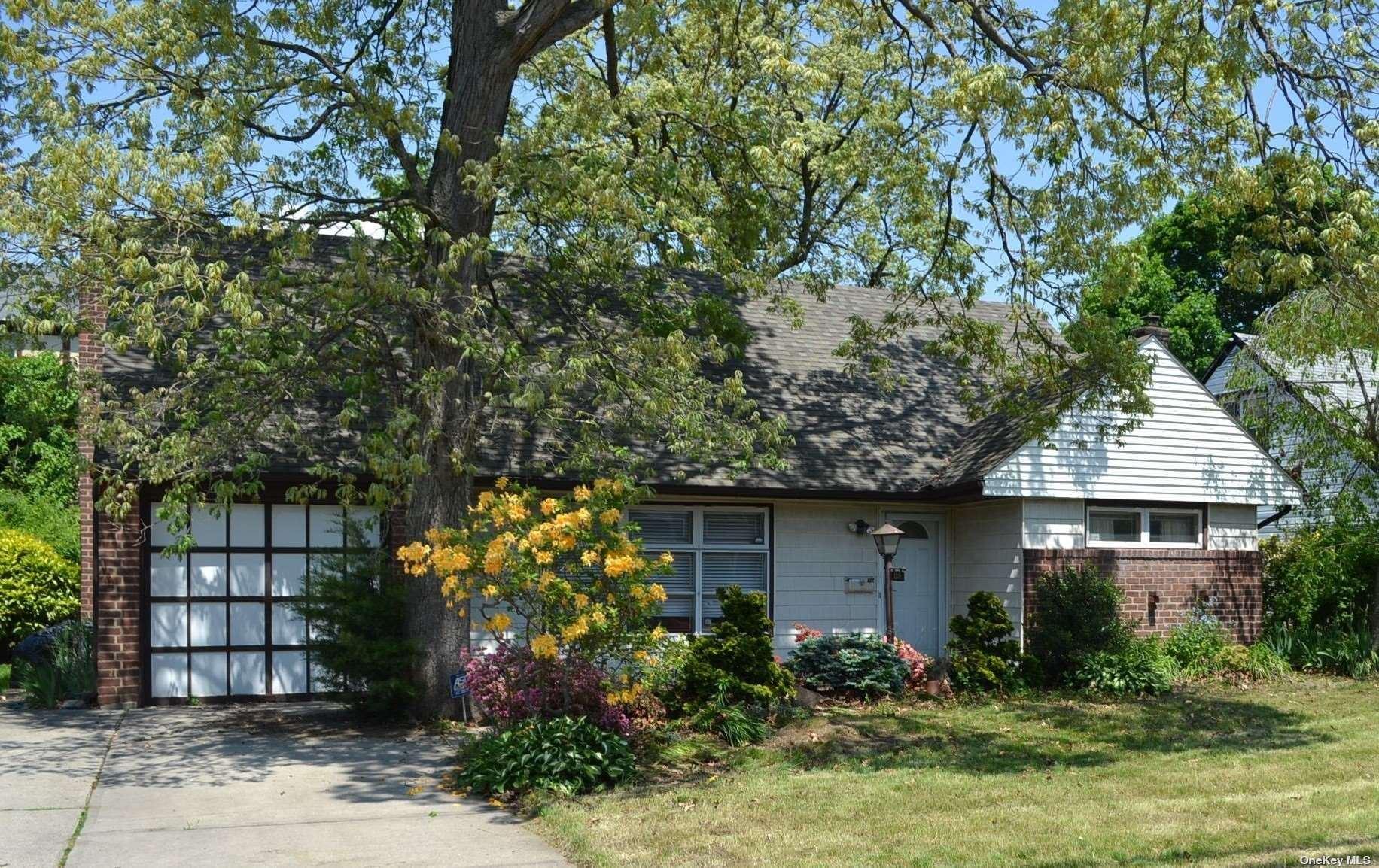 153 Canterbury Gate, Lynbrook, NY 11563 - MLS#: 3314612