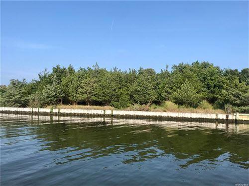 Photo of 11 Pine Tree Lane, Westhampton, NY 11977 (MLS # 3341614)