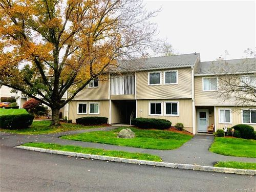 Photo of 404 High Meadow Lane, Yorktown Heights, NY 10598 (MLS # H6079614)