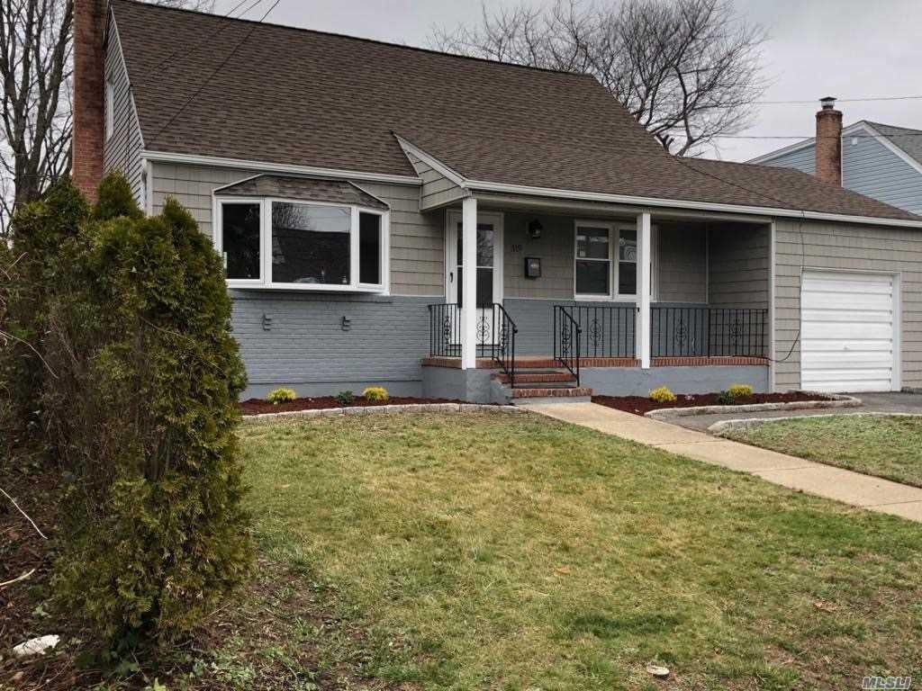 319 Heathcote Rd, Lindenhurst, NY 11757 - MLS#: 3215614