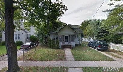 Photo of 1858 Harte Street, Baldwin, NY 11510 (MLS # 3239617)