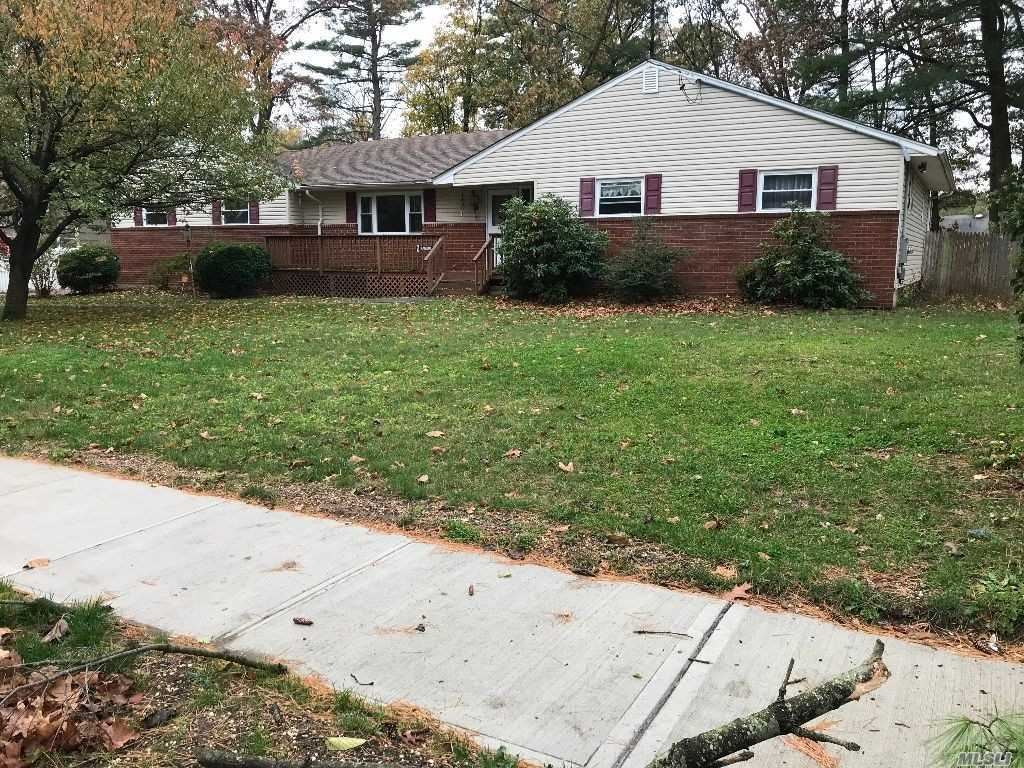 36 Brentwood Pkwy Parkway, Brentwood, NY 11717 - MLS#: 3181618