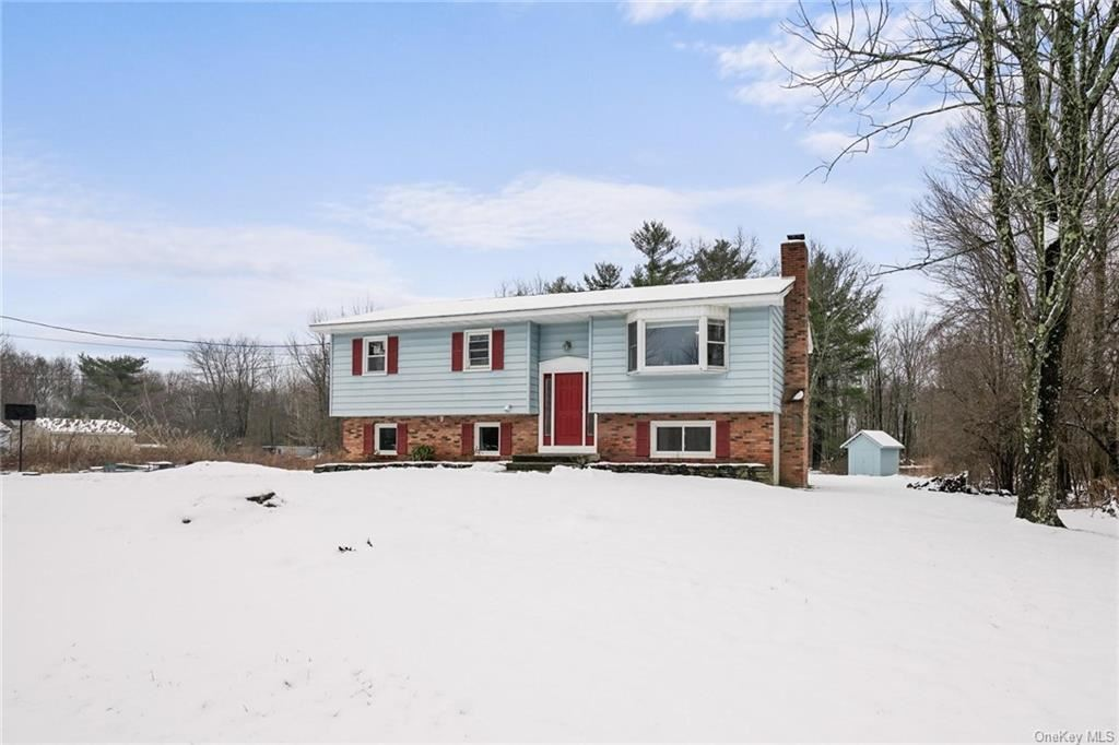 Photo of 156 Highland Lake Road, Middletown, NY 10940 (MLS # H6077618)