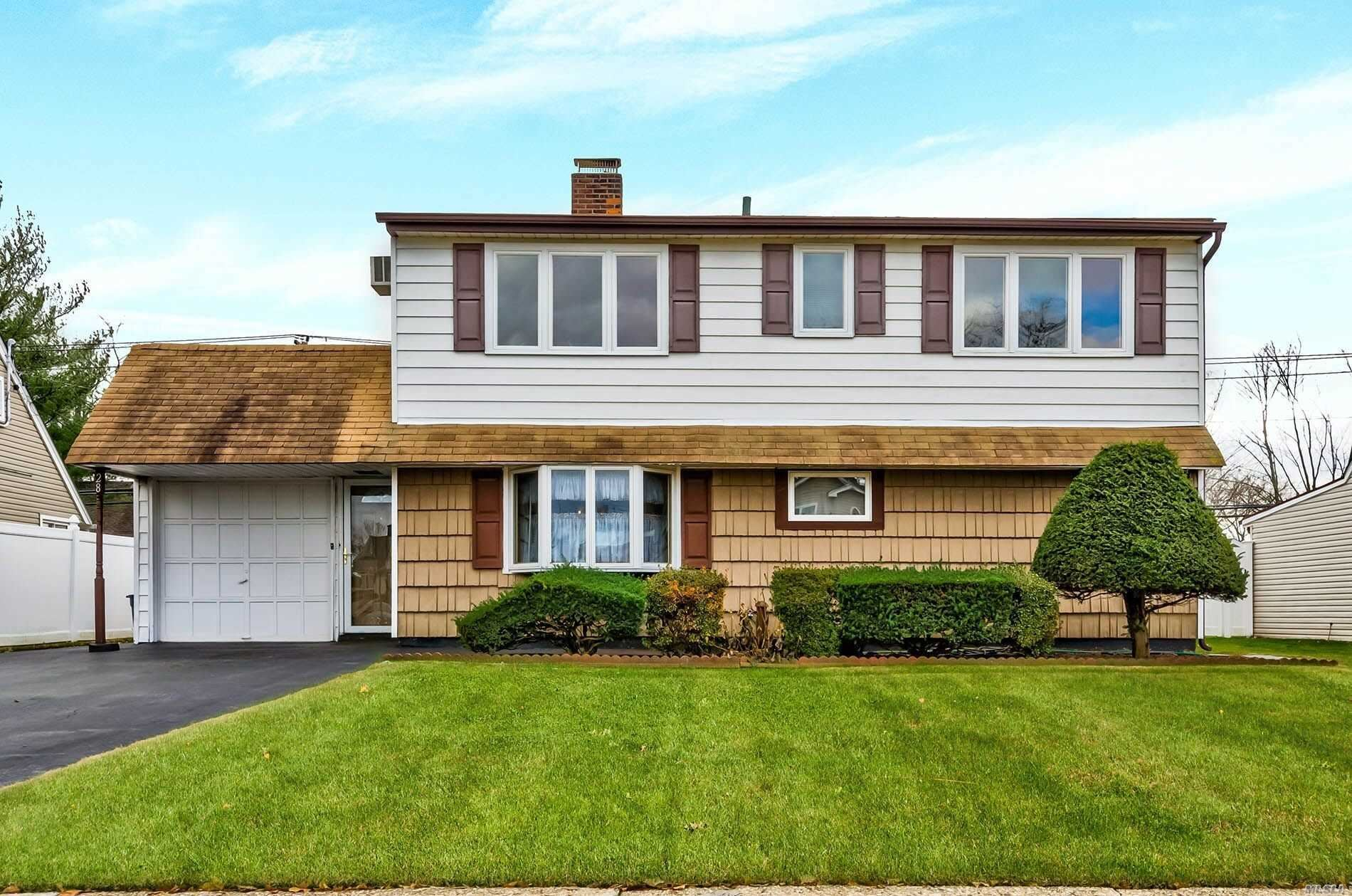 28 Spindle Road, Hicksville, NY 11801 - MLS#: 3185620