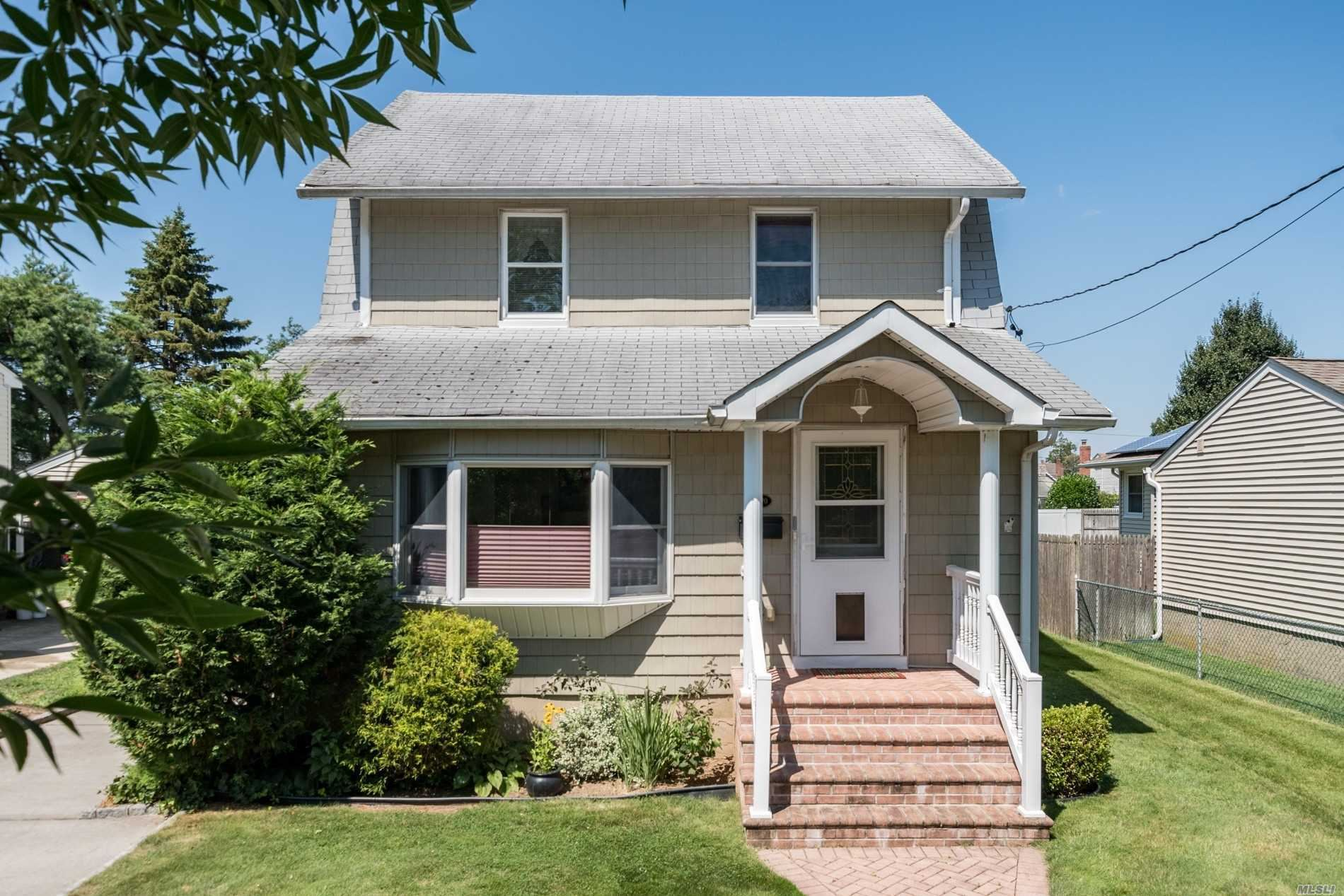 2170 Willoughby Ave, Wantagh, NY 11793 - MLS#: 3237621