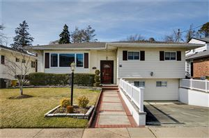 Photo of 840 Moore St, Woodmere, NY 11598 (MLS # 3113622)