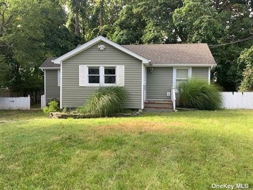 Photo of 26 Cedar Drive, Miller Place, NY 11764 (MLS # 3346624)