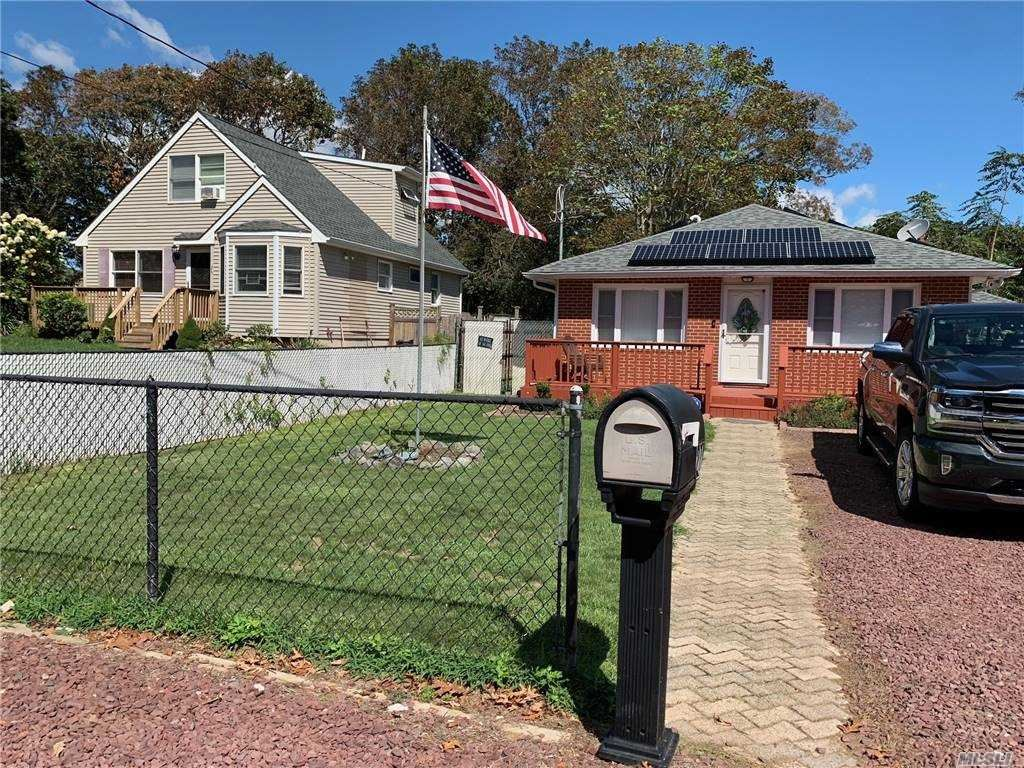 27 Saint George Dr, Shirley, NY 11967 - MLS#: 3265624