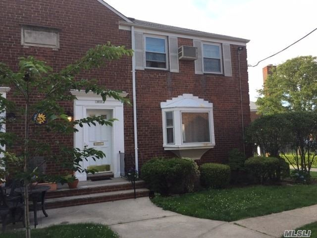 247-31 77th Crescent #2nd fl, Glen Oaks, NY 11426 - MLS#: 3142625