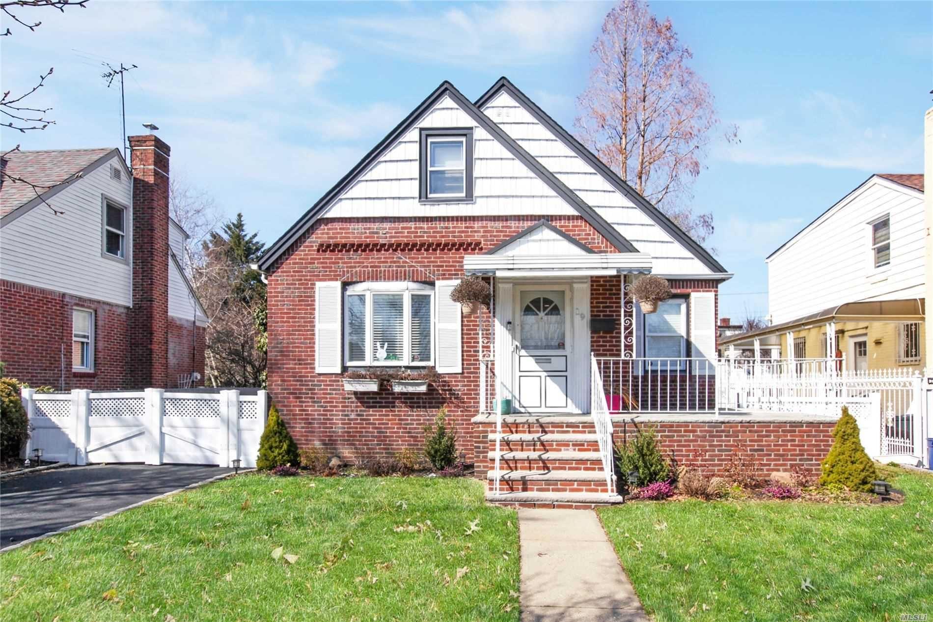19 Hillside Lane, New Hyde Park, NY 11040 - MLS#: 3205625