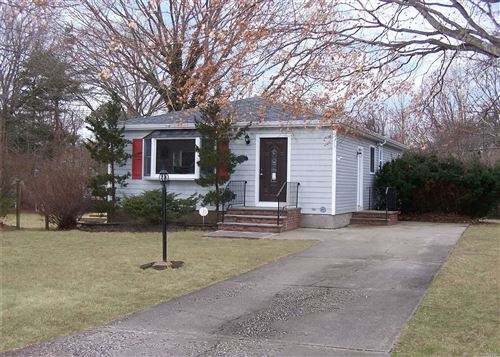 Photo of 306 Tyler Avenue, Miller Place, Ny 11764 (MLS # 3205626)