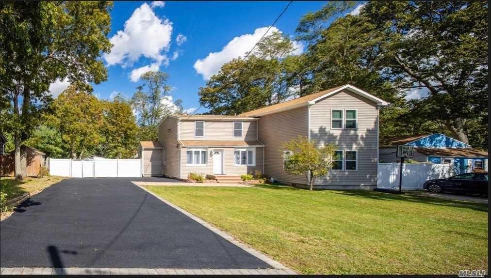 15 Laurel Place, Farmingville, NY 11738 - MLS#: 3258627