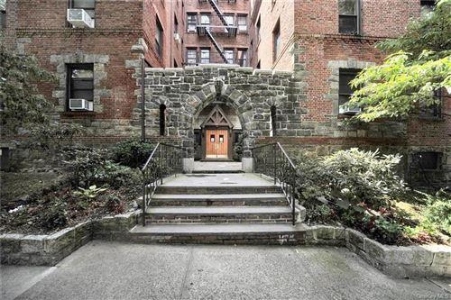Photo of 20 William Street #1G, Mount Vernon, NY 10552 (MLS # H6056628)