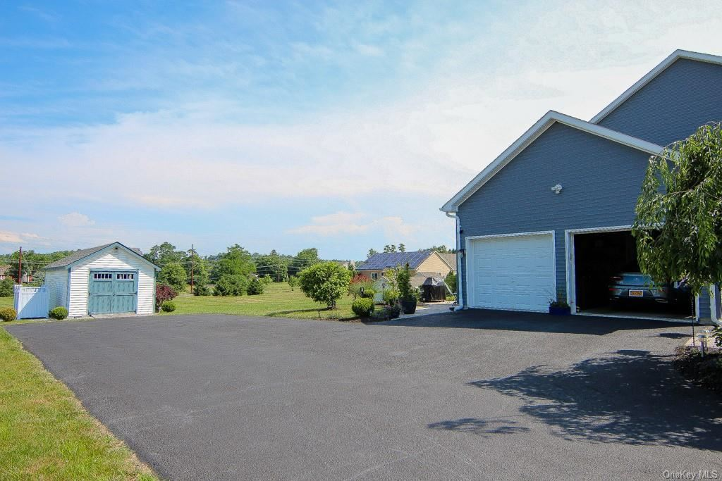 Photo of 38 Tweddle Farm Lane, Montgomery, NY 12549 (MLS # H6068628)