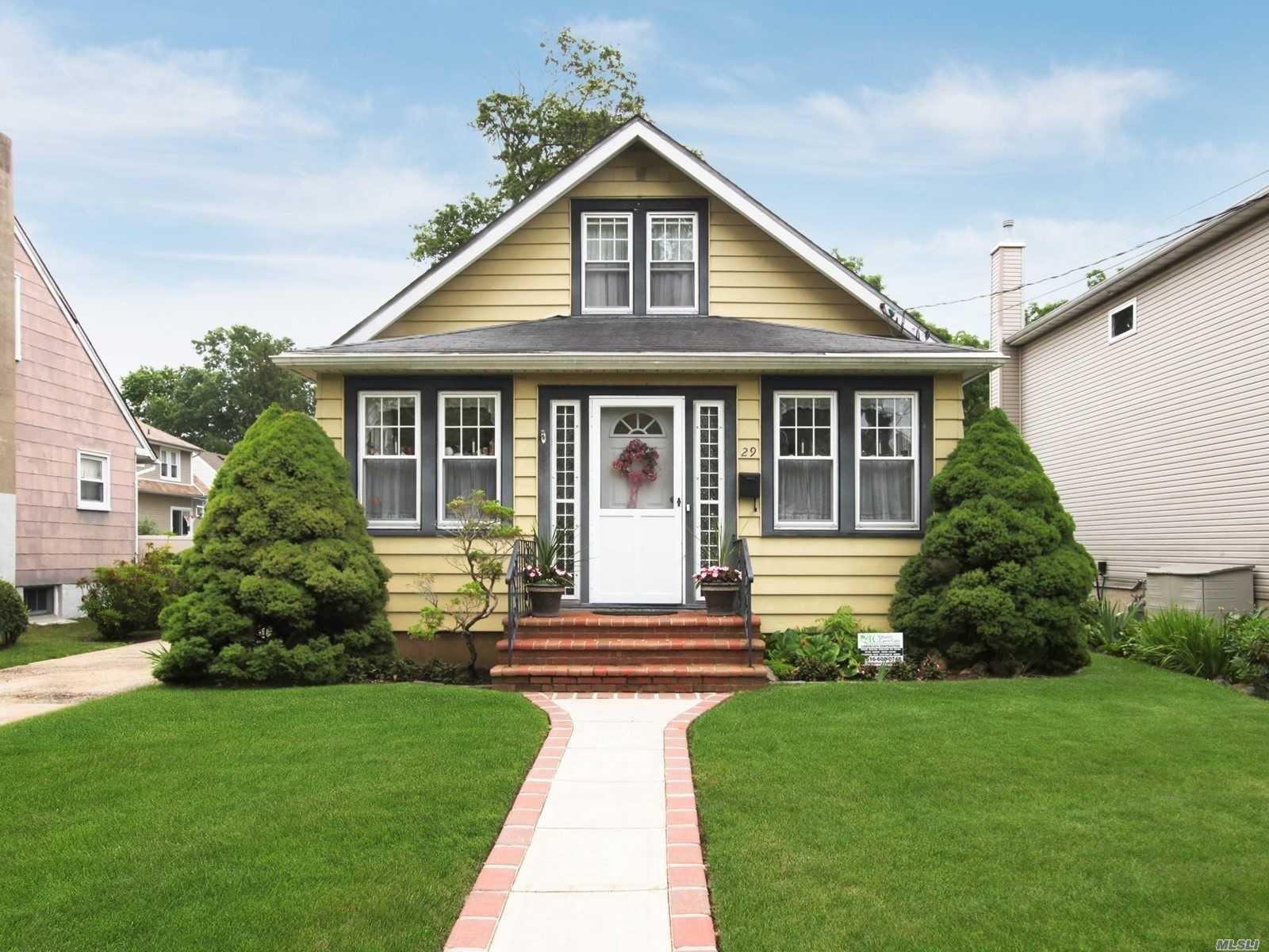 29 Princeton Place, Merrick, NY 11566 - MLS#: 3228629