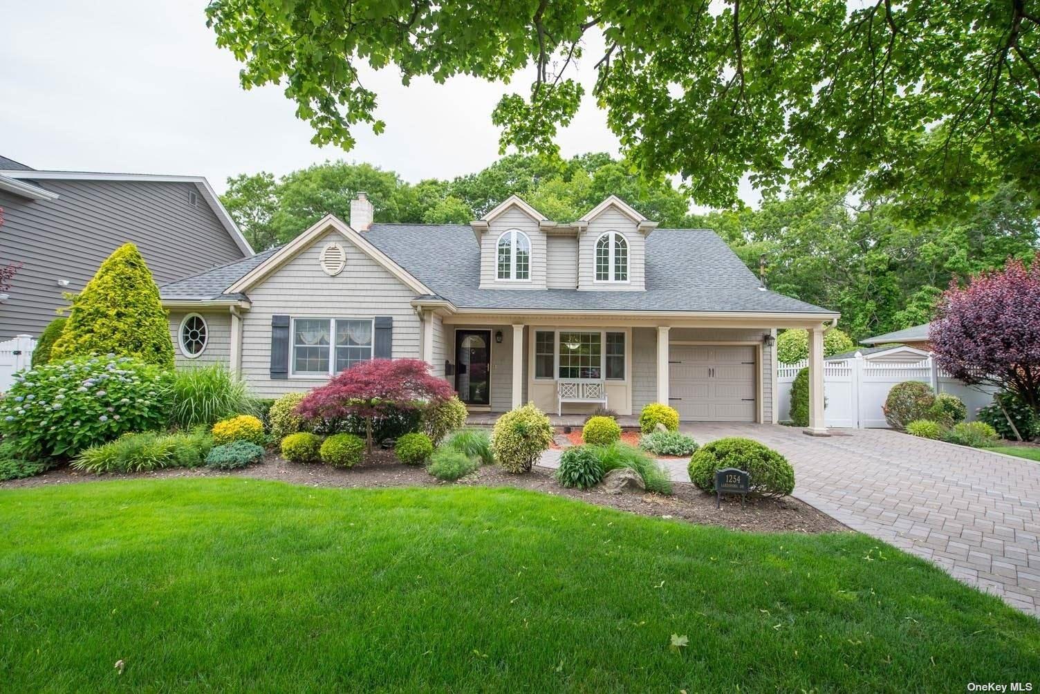 1254 Lakeshore Drive, Massapequa Park, NY 11762 - MLS#: 3322629