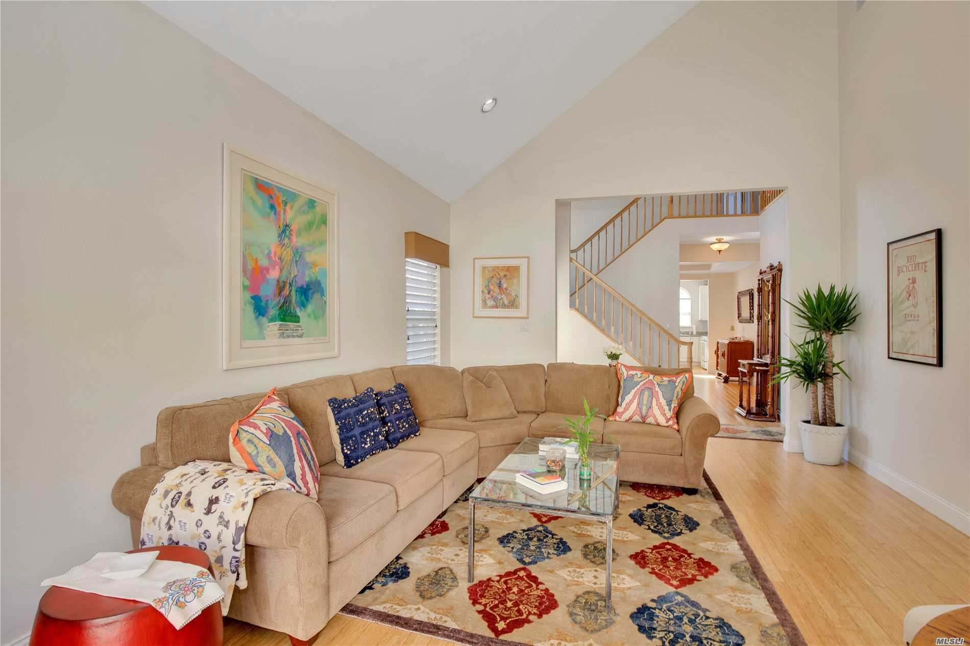 2 Apricot Court, Melville, NY 11747 - MLS#: 3180630
