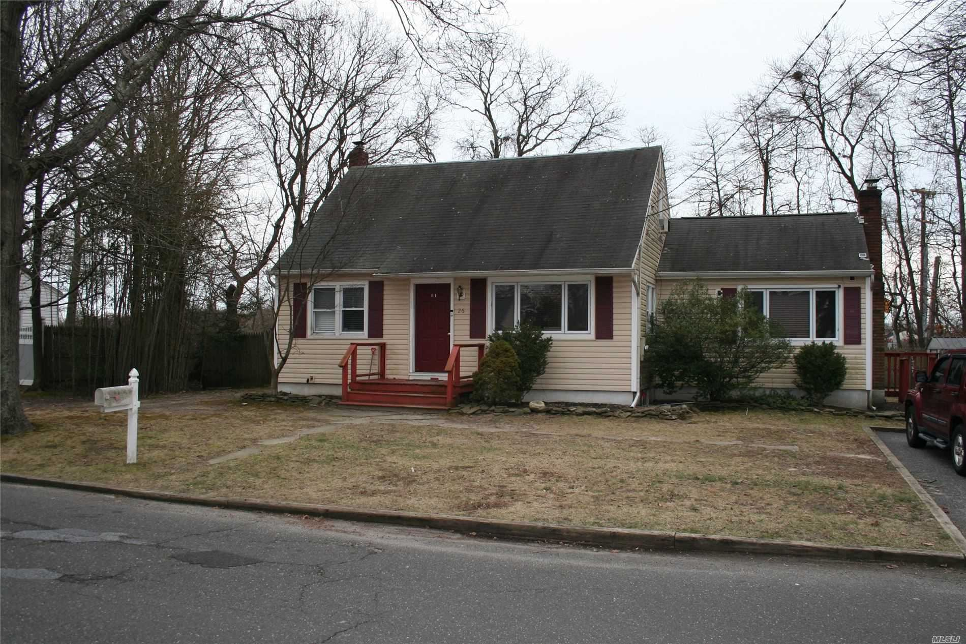 26 Station Avenue, Patchogue, NY 11772 - MLS#: 3201631