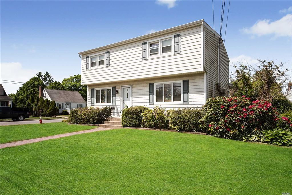 2 West Court, Bethpage, NY 11714 - MLS#: 3131632