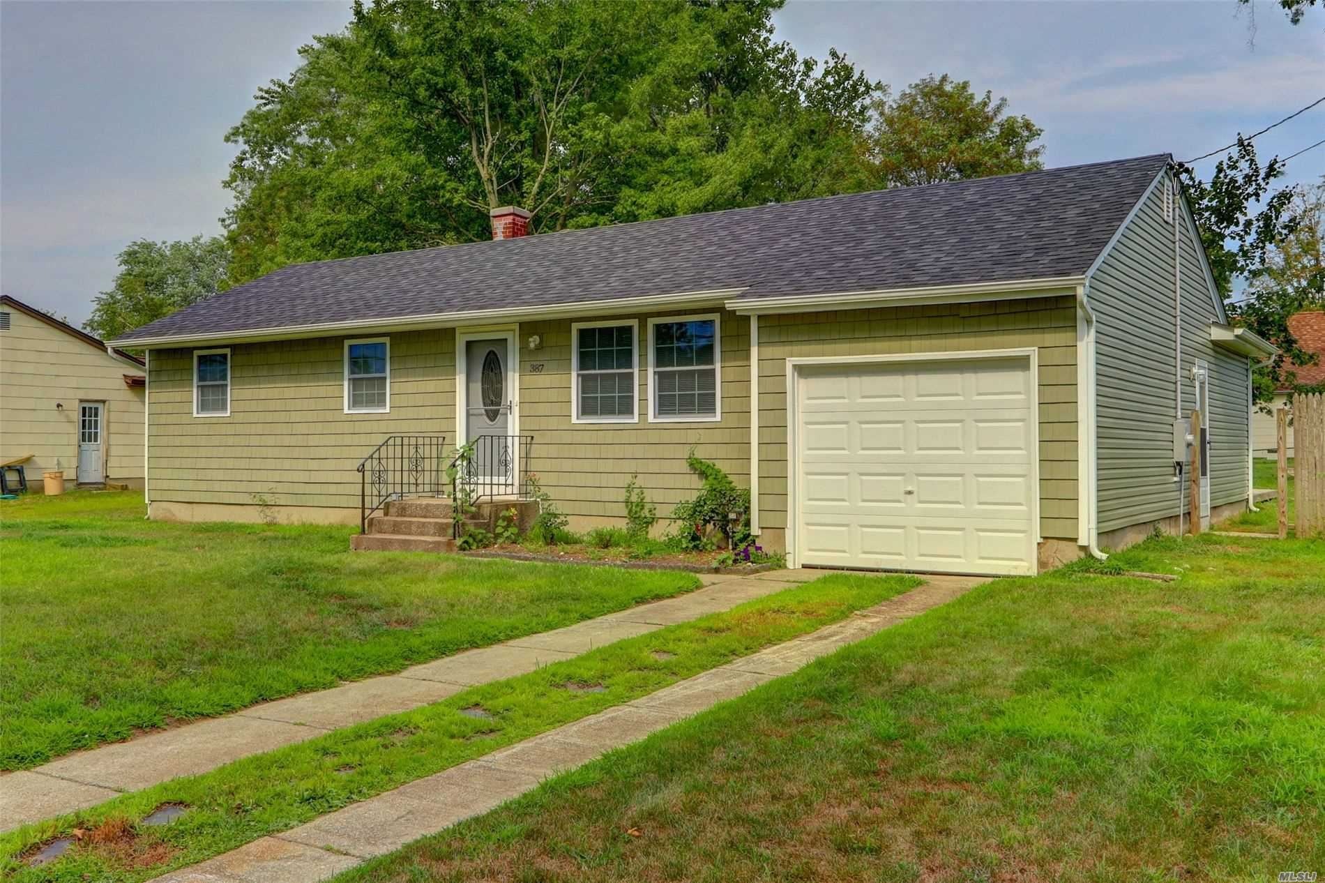 387 Grundy Avenue, Holbrook, NY 11741 - MLS#: 3154633