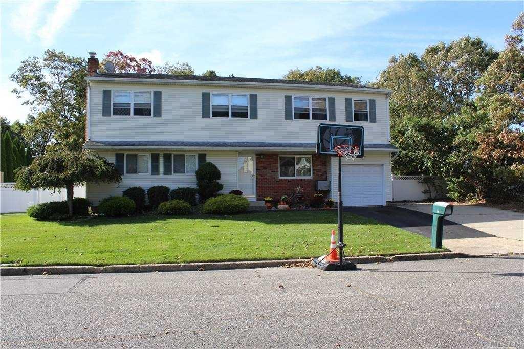 10 Babcock Avenue, Ronkonkoma, NY 11779 - MLS#: 3263633